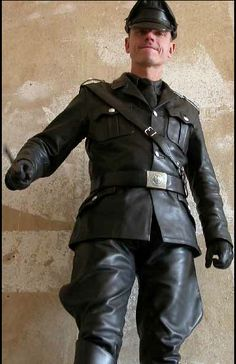 Tunic and breeches - of Berlin. Correctly matched up with a Sam Browne belt and Bundeswehr (German Federal Army) buckle belt. Biker Leather, Leather Blazer, Leather Gloves, Leather Men, Black Leather, Leather Jackets, Sam Browne Belt, Army Men, Mens Gloves