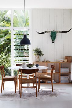 The cover story of the May/June 2014 issue of Inside Out magazine. Via @homelifecomau. Styling by Claire Delmar. Photography by Prue Ruscoe. Find the issue from newsagents, Zinio, http://www.zinio.com, Google Play, https://play.google.com/store/magazines/details/Inside_Out?id=CAowu8qZAQ, Apple's Newsstand, https://itunes.apple.com/au/app/inside-out/id604734331?mt=8ign-mpt=uo%3D4 and Nook.