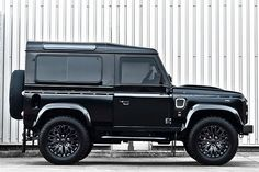 Land Rover Defender Harris Tweed Edition by Kahn Design | Por Homme
