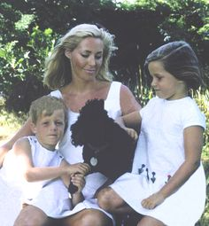 Joansie & her babies♥ I'm guessing this would be around 1966-1967?