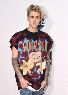 Justin Bieber Sets New Record Beats Drake And The Beatles