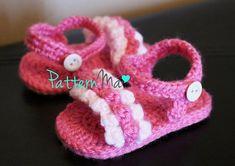 Items similar to Patrón de ganchillo bebé sandalias con volantes on Etsy