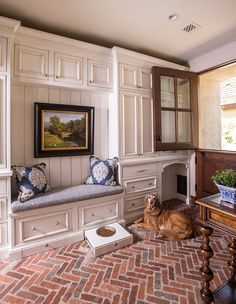 This trad mudroom's custom features ensure that this retriever is never without comfort.