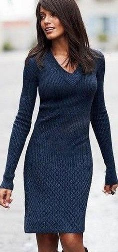 New Crochet Poncho Outfit Casual 23 Ideas Poncho Outfit, Poncho Sweater, Loose Knit Sweaters, Dress Outfits, Casual Outfits, Dresses, Crochet Poncho, Knit Patterns, Crochet Clothes