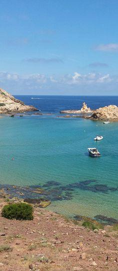 Cala Pregonda, Menorca, Spain. #menorca #beach #playa #travel Honeymoon Island, Bali Honeymoon, Honeymoon Destinations, Ibiza, Menorca Beaches, Travel Around The World, Around The Worlds, Honeymoon Photography, Honeymoon Inspiration