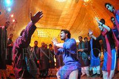 boys dancing mehndi