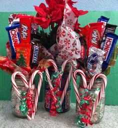 a square of chocolate candy bar bouquet in a mason jar candybarbouquet teacher - The world's most private search engine Christmas Candy Crafts, Easy Diy Christmas Gifts, Christmas Mason Jars, Xmas Gifts, Candy Bar Crafts, Christmas Baskets, Handmade Christmas, Christmas Ideas, Mason Jar Candy