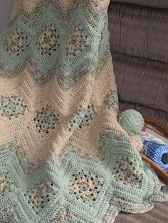 Granny Square and Ripples Crochet Afghan Pattern From simply-crochet. Crochet Afghans, Crochet Blanket Patterns, Knit Or Crochet, Crochet Crafts, Crochet Hooks, Crochet Projects, Knitting Patterns, Crochet Blankets, Crochet Stitches