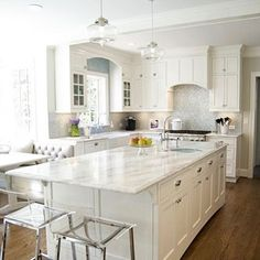 """63 Likes, 1 Comments - Brittany Lough   Realtor    (@brittanyinsb) on Instagram: """"Total kitchen envy... Check out our new blog post today to learn why quartz countertops are the…"""""""