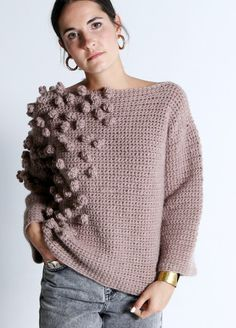 Free and Crochet Sweater Pattern For This Year of Best 2020 Part 7 ; knitting sweaters for beginners; Cardigan Au Crochet, Crochet Poncho Patterns, Crochet Cardigan, Knit Crochet, Crochet Gifts, Crochet Tops, Sweater Patterns, Blouse Patterns, Crochet Bodycon Dresses