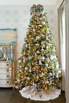 Our Favorite Christmas Trees: Neutral Territory