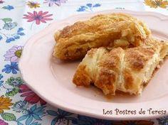 Trenza de platano y natillas Dessert Recipes, Desserts, Sweet Recipes, French Toast, Breakfast, Food, Dessert Food, Baking, Fast Recipes