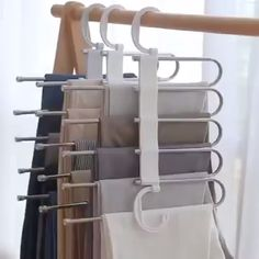 Multi-Functional Pants RacK Space Saving Design: The adjustable storage rack can be hung steadily with two hooks or it can be hung vertically, it can hold up to 5 pairs of pants at one time and it will make your closet tidier. Bedroom Closet Design, Closet Designs, Diy Bedroom, Dream Bedroom, White Bedroom, Bedroom Ideas, Organiser Son Dressing, Vitrine Design, Pants Rack