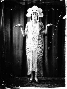 Black ThenFlash Black Photo: Dancer During the Roaring Twenties | Black Then