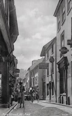 St Ives Cornwall, Cornwall England, Over The Hill, Nottingham, Vintage Photographs, Far Away, Family History, Old Photos, Places To Visit