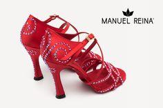 😍❤️💕 Con o sin cristales!!! 😍 😍 Tus zapatos 100% personalizados!!🛍🛍 #QueBonitosPorFavor #AmiMeDaAlgo #MisZapatosSonHermosos #HechosaMano #SoloMios #PasionPorLaModa #ElArmarioDeMiVida #ZapatosUnicos #AnitaPearl #ZapatosReina #LaReinaDeMiArmario #musthave #dance #dancers #danceshoes #sandalias #custom #ilovedance #sandals #fashion #moda #style #salsa #rumba #essentials