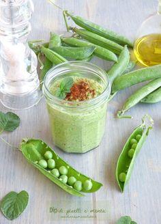 Crema di piselli e menta: una golosa ricetta vegetariana perfetta per l'estate! #ricetta #idea #estate