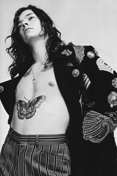 Harry styles for another man magazine (photography by willy vanderperre) . Harry Styles Photoshoot, Harry Styles Fotos, Harry Styles Mode, Harry Styles Pictures, Harry Edward Styles, Chelsea Handler, Christopher Nolan, Stevie Nicks, Desenho Harry Styles