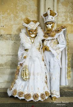 White and Gold Couple