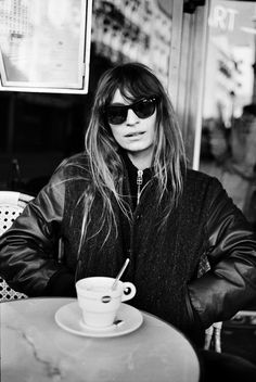 "fadetogreymagazine: ""Caroline de Maigret's 20 Ways to be Parisian during fashion week Paris is the city of love, light and classic fashion. Its women are envied the world over - they don't need. Caroline Bessette Kennedy, French Girls, French Chic, French Style, Parisian Style, How To Be Parisian, Models, Style Icons, Amazing"
