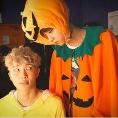 happy spooky season ARMY ~ BTS btsmemes kimnamjoon kimseokjin minyoongi junghoseok parkjimin kimtaehyung jeonjungkook RM Jin suga jhope jimin v jungkook namjoon seokjin yoongi hoseok jimin taehyung jungkook btshalloween halloweenwithbts halloweenbts Seokjin, Kim Namjoon, Rapmon, Kim Taehyung, Jung Hoseok, Bts Bangtan Boy, Namjin, Btob, Foto Bts