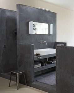 1000+ images about Badkamer on Pinterest  Concrete bathroom, Bathroom ...