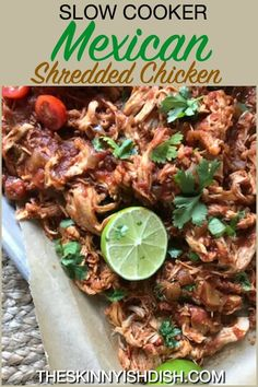 Hi ya guys! How's it going? We've got this super summer Slow Cooker Mexican Shredded Chicken on deck tonight. It's easy to throw all the ingredients into one pot, let it cook, and then shred Slow Cooker Mexican Chicken, Mexican Shredded Chicken, Slow Cooked Chicken, Shredded Chicken Recipes, How To Cook Chicken, Chicken Cooker, Chicken Meals, Chicken Tacos, Ww Recipes