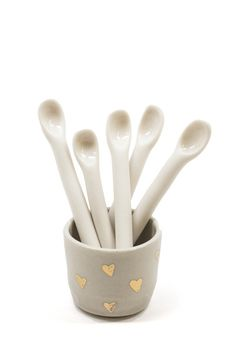 Use these dainty little spoons for your recipes or set them out as decor.