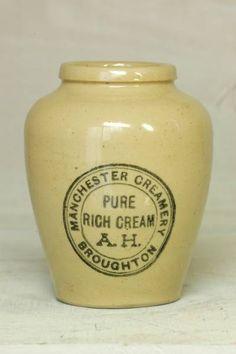 Pottery Bottle アンティークA.H.クリームボトル陶器 インテリア 雑貨 家具 Antique ¥3500yen 〆06月06日
