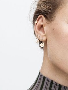 ear piercings Human body piercing is usually each time . - ear piercings Human body piercing is usually each time a needle is put as - Ear Jewelry, Cute Jewelry, Jewelery, Jewelry Accessories, Gold Jewelry, Cartier Jewelry, Jewelry Ideas, Glass Jewelry, Crystal Jewelry