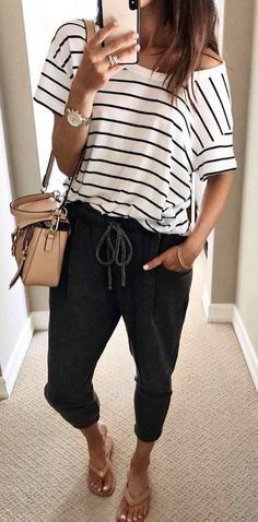 This is how you always look stylish - Kleidung für Frauen - Cute Outfits Spring Summer Fashion, Spring Outfits, Casual Summer Outfits Women, Summer Pants Outfits, Casual Comfy Outfits, Casual Summer Fashion, Summer Outfits For Work, Casual Winter, Summer Art