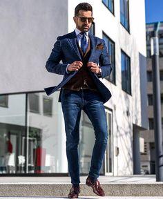 Jeans, blue blazer, brown gilet. Men style outfit