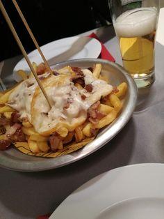 Chips and provola! Patatine.., porchetta!