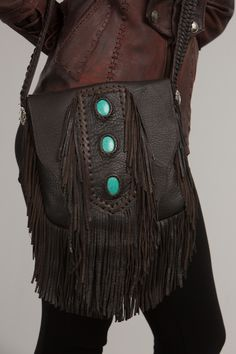 Turquoise Stone Leather Purse Interesting way to offer on products page! Fringe Handbags, Fringe Bags, Fringe Purse, Leather Purses, Leather Handbags, Tooled Leather Purse, Leather Totes, Leather Clutch, Leather Bags Handmade