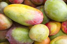 Mangos: Best Eaten Naked And On The Beach | Sunshine Guide to Gran Canaria
