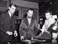 Cary Grant Jose Ferrer Richard Brooks director behind the scenes 711-15