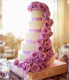 Couture Wedding Cakes | Read more: http://simpleweddingstuff.blogspot.com/2014/07/couture-wedding-cakes.html