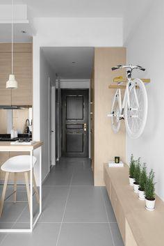 Un appartamento di 30 mq a Hong Kong - Coffee Break Hong Kong, Coffee Break, Small Spaces, Loft, House, Furniture, Home Decor, Surface, Beauty