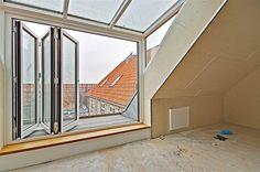balcony & door for the attic! <3