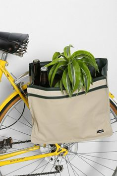 UO Linus The Shopper Bike Bag on shopstyle.com