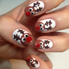 Adorable reindeer christmas nails art Related posts: 25 Christmas festive nail designs to wear to a holiday party The cutest and festive Christmas nail designs … Xmas Nail Art, Christmas Gel Nails, Holiday Nail Art, Christmas 2017, Reindeer Christmas, Red Nosed Reindeer, Christmas Shopping, Simple Christmas, White Christmas