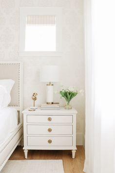 Beach House Bedroom, Home Bedroom, Bedroom Decor, Bedrooms, Bedroom Ideas, Home Furniture, Furniture Design, Luxury Sheets, Master Bedroom Design