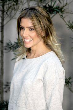 Deborah Secco em 2014, para viver a personagem Inês na novela Boogie Oogie da Rede Globo.