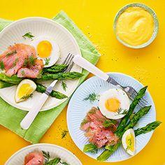 Ugnsbakat ägg med kallrökt lax och tryffelmajonnäs