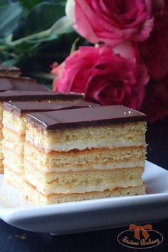 Medové rezy Vanilla Cake, Brownies, Bakery, Sweets, Recipes, Food, Cake Brownies, Gummi Candy, Candy