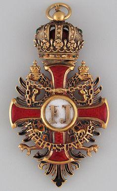 Franz Joseph Order, Grand Cross sash badge, 37 mm x mm, Gebruder Resch, Vienna. Uniform Insignia, Military Insignia, Royal Jewels, Crown Jewels, Franz Josef I, Military Decorations, War Medals, Military Orders, Grand Cross