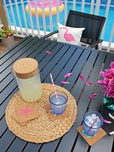 Diy Coasters, Summer Crafts, Diy Tutorial, Cutting Files, Ontario, Tutorials, Diy Crafts, Outdoor Decor, House