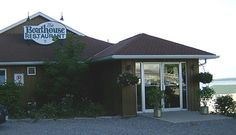 Boathouse Restaurant, Fenelon Falls - Accessible from Cameron Lake, the Boathouse specializes in seafood and caribbean fair. Close To Home, Boathouse, Places To Eat, Food Hacks, Lakes, Ontario, Caribbean, Seafood, Good Food