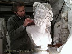 Working on the Bust of Menelao.  FeliceCalchi - A. Felice © 2012