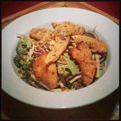 Stephen's Broccoli, Courgette & Chicken salad, sprinkled with seeds Superfood Salad, Summer Salads, Chicken Salad, Broccoli, Competition, Seeds, Meat, Summer Salad